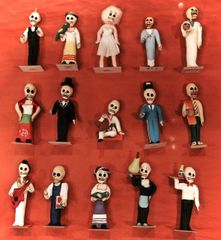 Small Calaveras Figures