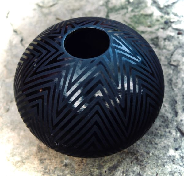 Black Mata Ortiz Spherical Vessel