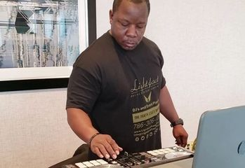 DJ Lightfoot Premier Entertainment djing Birthday Party at Marriott hotel