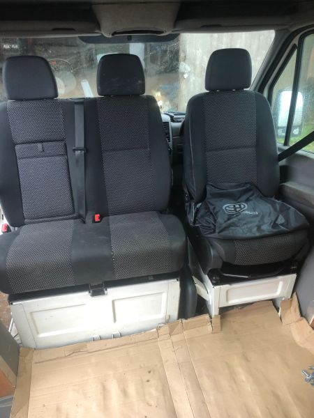 Double Seat Swivel Base - Volkswagen Crafter, Mercedes