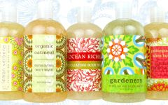 EXFOLIATING BODY WASH COLLECTION