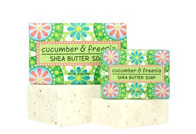CUCUMBER & FREESIA SOAP BLOCK 6.4 oz