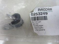 PACCAR 0253249PE Pipe Clip