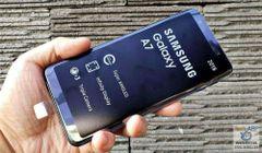 Samsung Galaxy A7 (3 cameras 24 MegaPixel