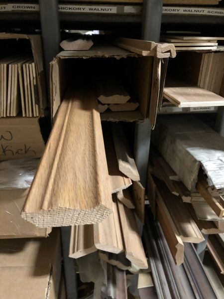 """Chadwood Crown Molding Large 2-3/8"""" x 2-3/8"""" x 96"""" (local pickup only)."""