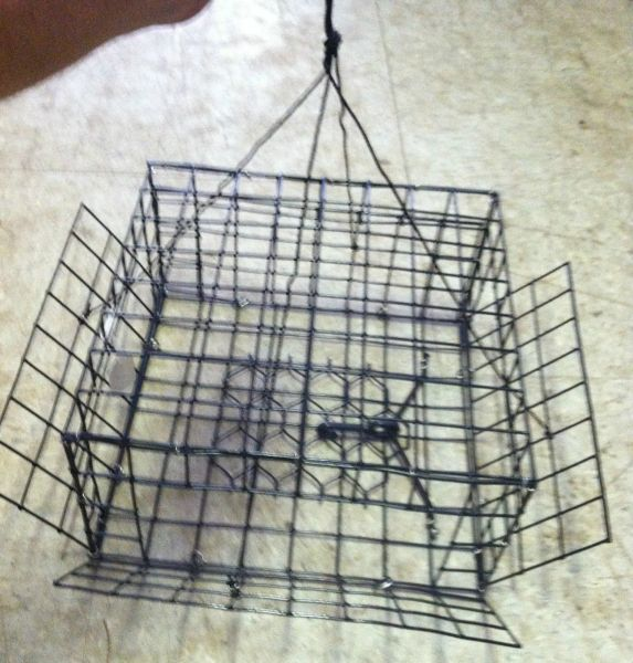 """CRAB TRAP-HAND HELD MADE IN USA VINYL COATED L12""""x W12"""" x H6"""" ENTRANCE ALL SIDES"""
