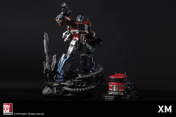 XM Studio 1/10 Optimus Prime (Pre Order) - Sold out