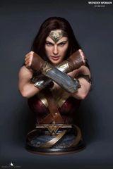 Queen Studios 1/1 Wonder Woman (PO)