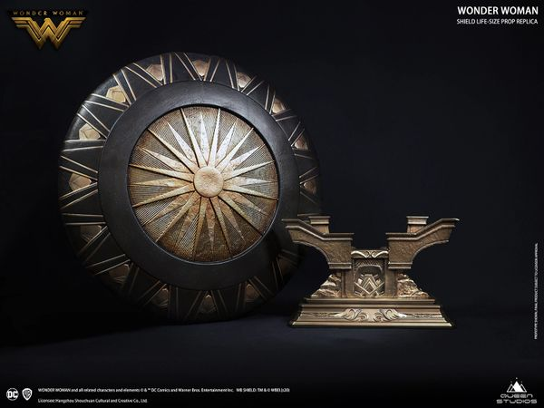 Queen Studios Wonder Woman Shield Life-size Prop Replica (Polystone)