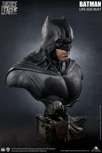 Queens Studio Batman Life-Size Bust (Limited 599) - Pre Order <Procurement Service>