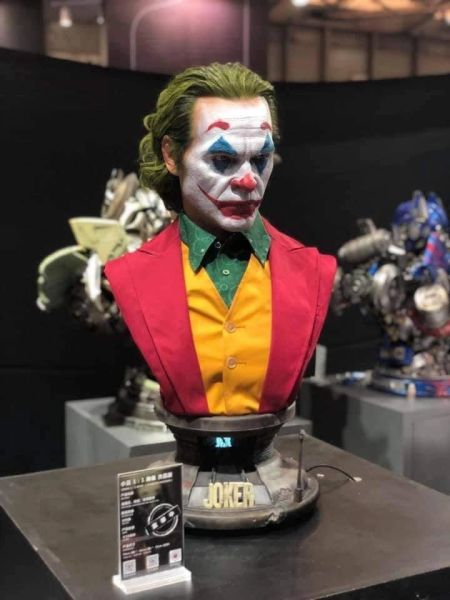 Queen Studios Joaquin Phoenix Joker 1/1 Bust (Sold out) ES199