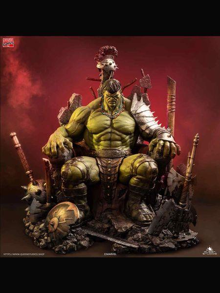 Queen Studios 1/4 Green Scar Hulk Statue Regular (Pre Order)