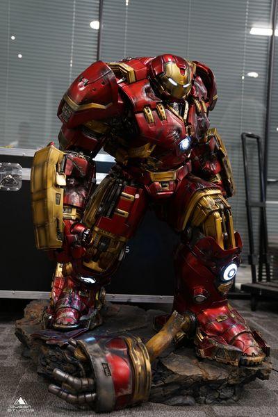 Queens Studio 1/4 Ironman MK 44 - Hulkbuster (Pre Order) ES888