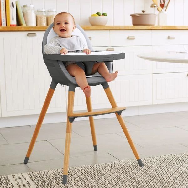 ♥ Eat well, travel often...   We provide high chairs so that your little ones may join you for dinner, breakfast or lunch at the table while on holiday.