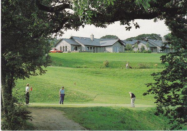 postcard Cornwall Saltash St. Mellion Golf & Country Club Lodges unposted