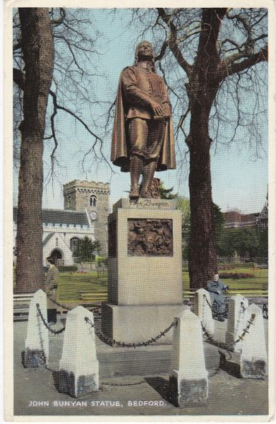 postcard, Bedfordshire, Bedford JOHN BUNYAN STATUE Dennis Productions B.3604 Newcolour used