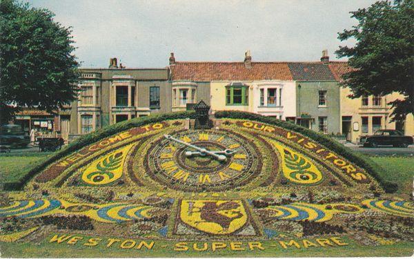 Postcard Somerset WESTON-SUPER-MARE Floral Clock Plastichrome WHS 908