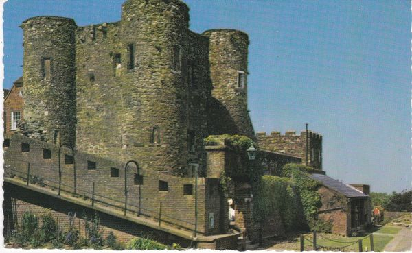 Post Card Sussex RYE Ypres Tower Colourmaster. PT3653