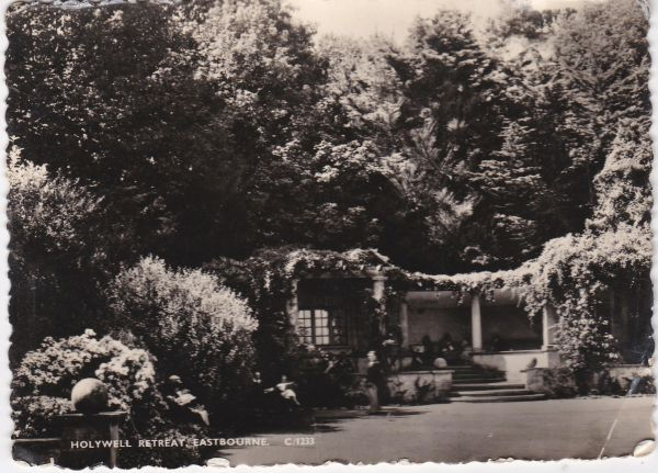 Post Card Sussex EASTBOURNE Holywell Retreat C/1233