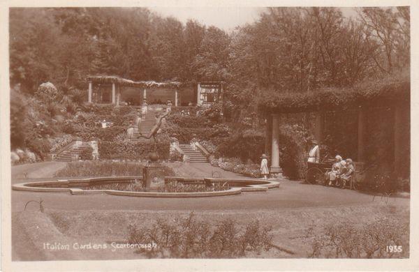 Post Card Yorkshire SCARBOROUGH The Italian Gardens 1935