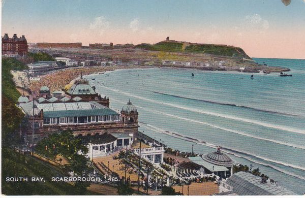 Post Card Yorkshire SCARBOROUGH South Bay coloured 485