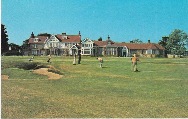 Post Card Scotland East Lothian GULLANE Muirfield Golf Course Colourmaster International PLX35387
