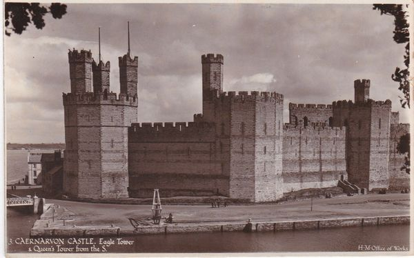 Post Card WALES Gwynedd CAERNARVON CASTLE Eagle Tower & Queen's Tower from the S. H.M. Ministry of Works