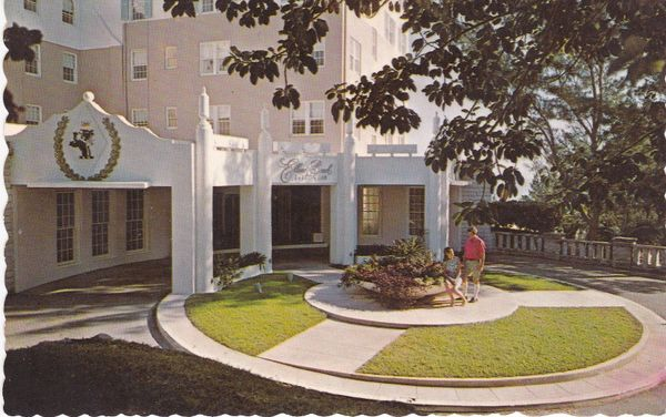 Post Card BERMUDA Elbow Beach Surf Club Main Entrance Bermuda Drug Co., Ltd.