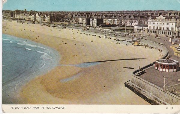 Post Card Suffolk LOWESTOFT The South Beach from the Pier Jarrolds Cotman-Color KL 114