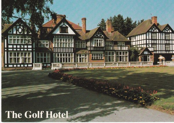 Post Card Lincolnshire The Golf Hotel, Woodhall Spa