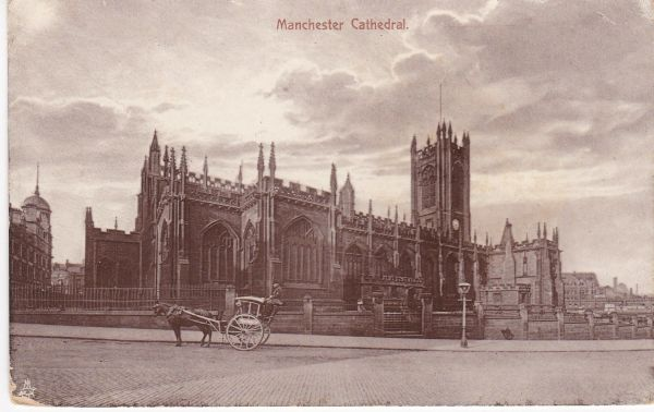 "Post Card Lancashire MANCHESTER CATHEDRAL Tuck's ""Photo Glosso"""