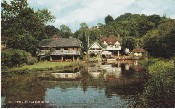Post Card Surrey GUILDFORD THE RIVER WEY at Salmon Cameracolour 1-60-03-01