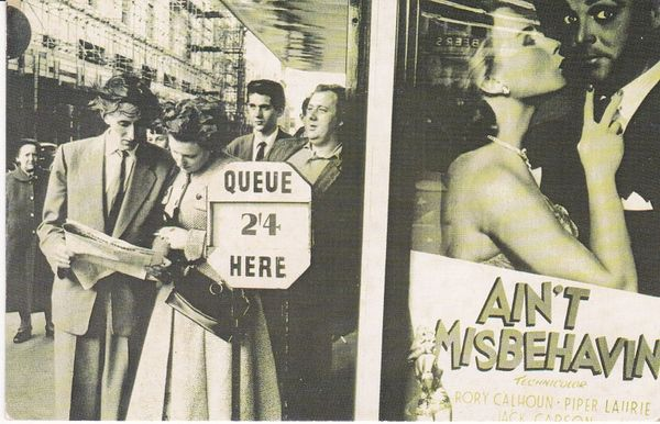 Post Card The Nostalgia Postcard Collectors Club Yesterday's Britain London 1955 - Ain't Misbehavin