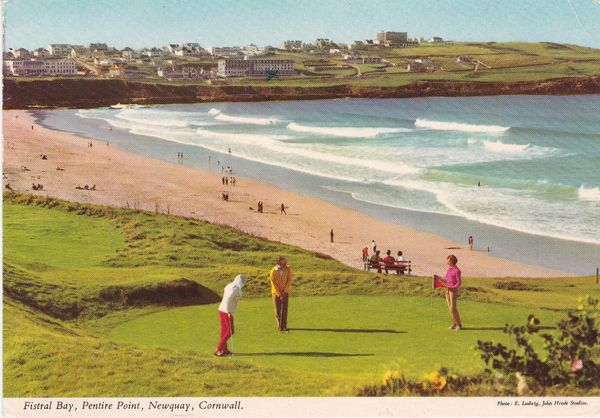 Post Card Cornwall NEWQUAY Fistral Bay, Pentire Point John Hinde 2DC508