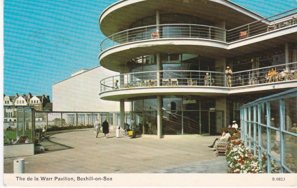 Post Card Sussex BEXHILL-ON-SEA The de la Warr Pavilion Dennis Productions Photocolour B 0823
