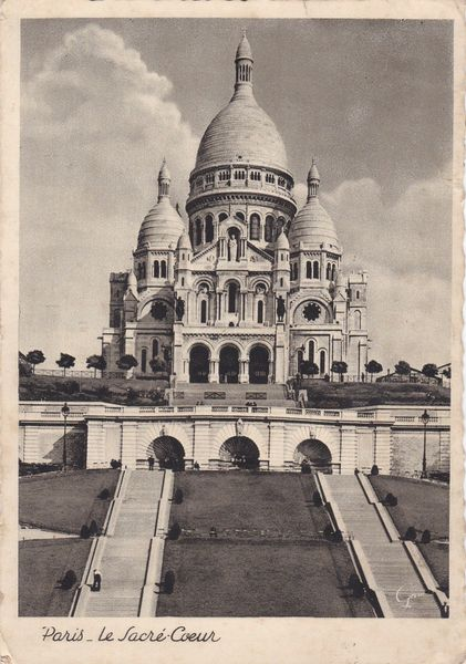 Postcard France PARIS The Sacred Heart Basilica le Sacre Coeur