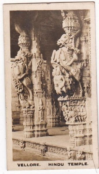 Cigarette Card Westminster : Indian Empire (First Series) No. 10 Vellore – Hindu Temple Front of Hall
