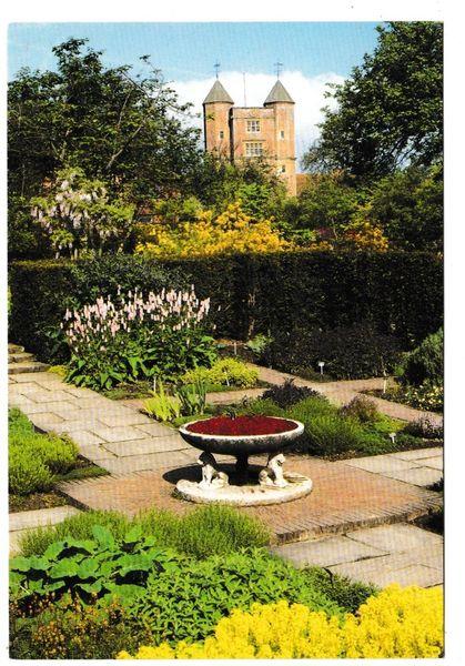 Postcard Kent Sissinghurst Castle Gardens Herb Garden