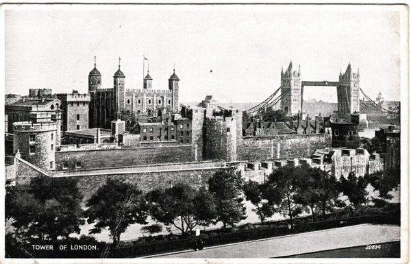 Post Card London TOWER OF LONDON Valentine's Silveresque