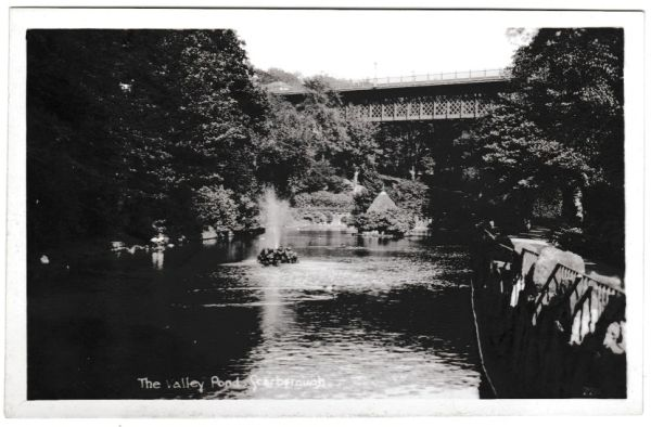 Postcard Yorkshire Scarborough The Valley Pond