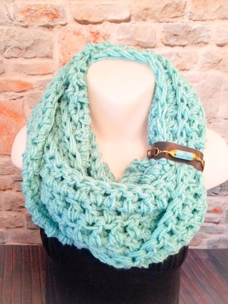 Turquoise Stone Buckle Scarf