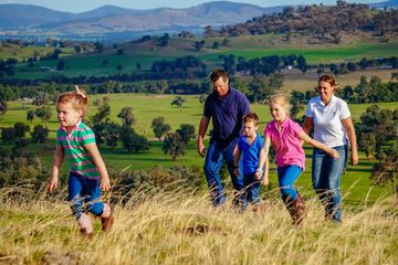 A family photoshoot on location in Holbrook NSW