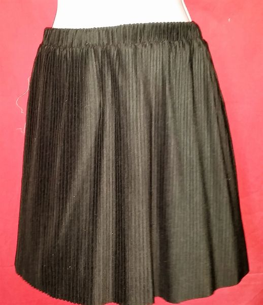dcfa5cc0b8 Jr Small Black/Pink Permanent Pleat Elastic Waist Band Mini Skirt