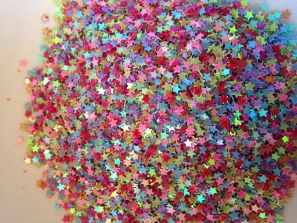 The Bead and Button Box - 10g of Tiny Star Sequins, confetti 3mm. Mixed Colours, Ideal for Card Making, shaker Cards, Decoration and other projects and Crafts
