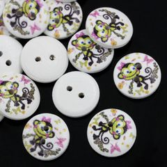 The Bead and Button Box - 10 wooden Cheeky Monkey Design buttons, 15mm. Ideal for babies clothes, sewing, knitting, card making, scrapbook and lots of other craft projects
