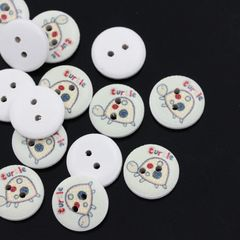 The Bead and Button Box - 10 wooden Turtle - Tortoise Design buttons, 15mm. Ideal for babies clothes, sewing, knitting, card making, scrapbook and lots of other craft projects