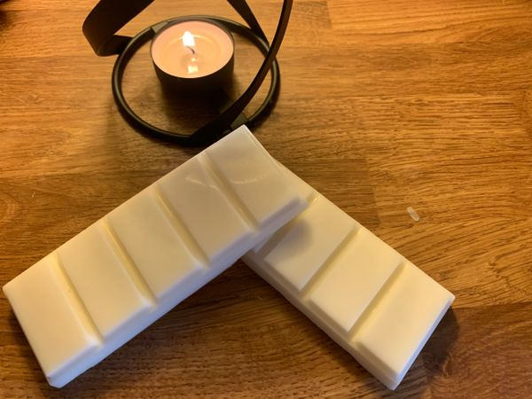 The Bead and Button Box - Sunrise Wax Melts. Luxury Home Fragrance 60g Snap Bar soy wax melt. Laundry Inspired and Fresh Scents
