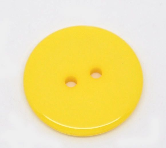 The Bead and Button Box - 25 Yellow Resin Buttons 23mm. Ideal for sewing, scrap booking, card making, jewellery, and other craft projects