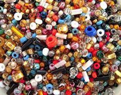 The Bead and Button Box - 40g over 1000+ Mixed Glass Seed & Bugle Beads 2-7mm Jewellery Making Sewing Bead Art