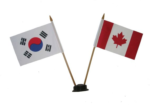 "SOUTH KOREA & CANADA SMALL 4"" X 6"" INCHES MINI DOUBLE COUNTRY STICK FLAG BANNER ON A 10 INCHES PLASTIC POLE .. NEW AND IN A PACKAGE"